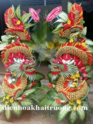 cặp rồng vàng tặng khai trương mang biểu tượng hoàng gia, quyền lực.